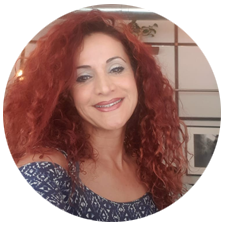 רוני שחר - מאמנת להרזיה וחיים טובים